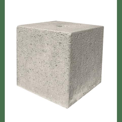 Betonpoer 30x30 en 30 cm hoog grijs met gat diameter 8,5 cm
