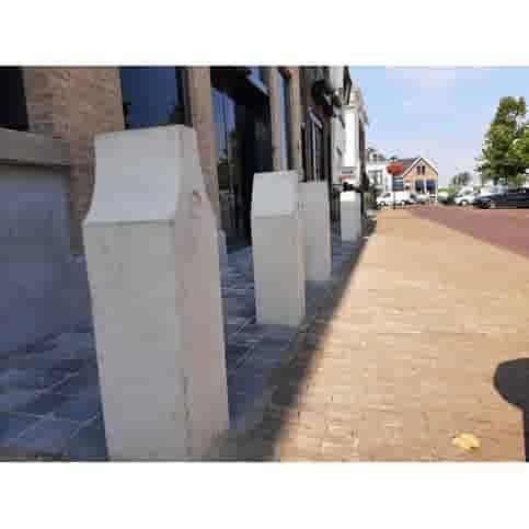 Betonpaal Canal houses V klokgevel